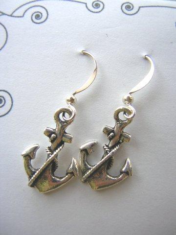 Charm Earrings - Anchor