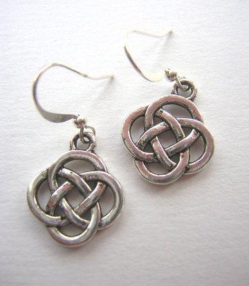 Charm Earrings - Celtic Knot