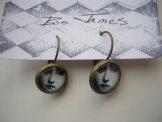 Victorian Face Earring - Bronze