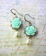 Vintage Rose Earrings - Aqua & Pearl