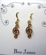Charm Earrings - Gold Treble Clef