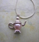 Charm Necklace - Tea Pot Freshwater Pearl