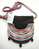 Huipil Bag - Small Half Moon Joyabaj Black 3