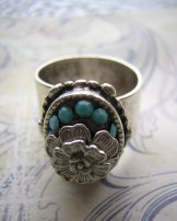 Turquoise Crystal Flower Ring - Silver Oval